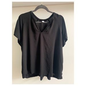 old Navy black soft short sleeve shirt XXL